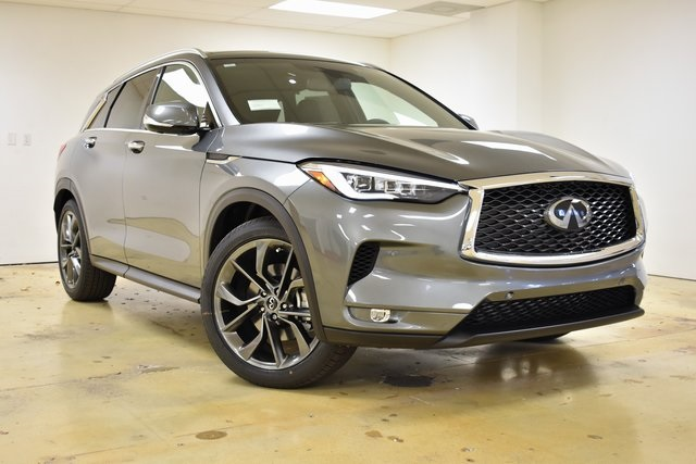 New 2019 INFINITI QX50 ESSENTIAL
